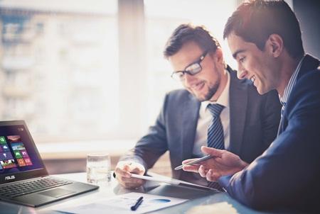 Sử dụng phầm mềm bản quyền để giảm các nguy cơ bảo mật cho tài sản số cá nhân & doanh nghiệp