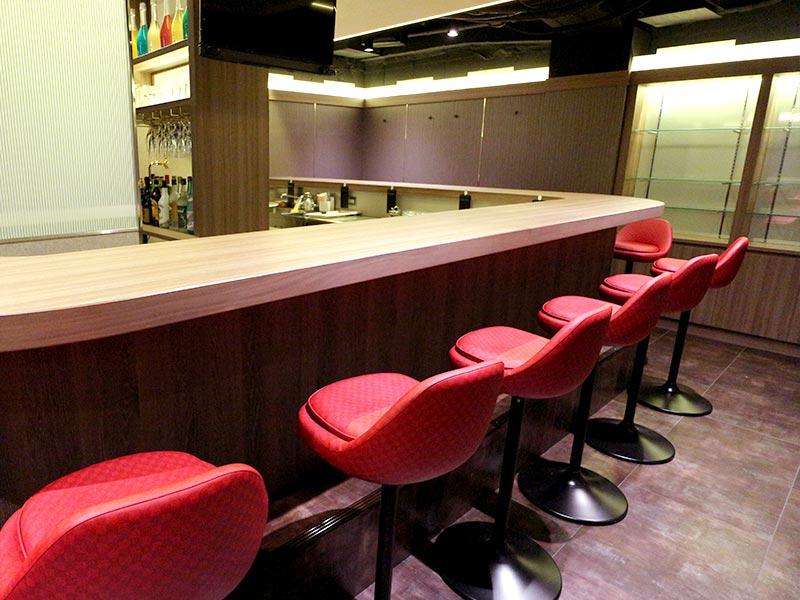 Girl's Bar SHINE【シャイン】(新宿)