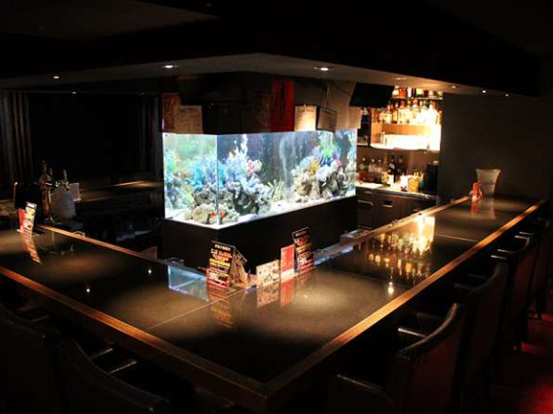 Girl's Bar A's【アズ】(新宿)