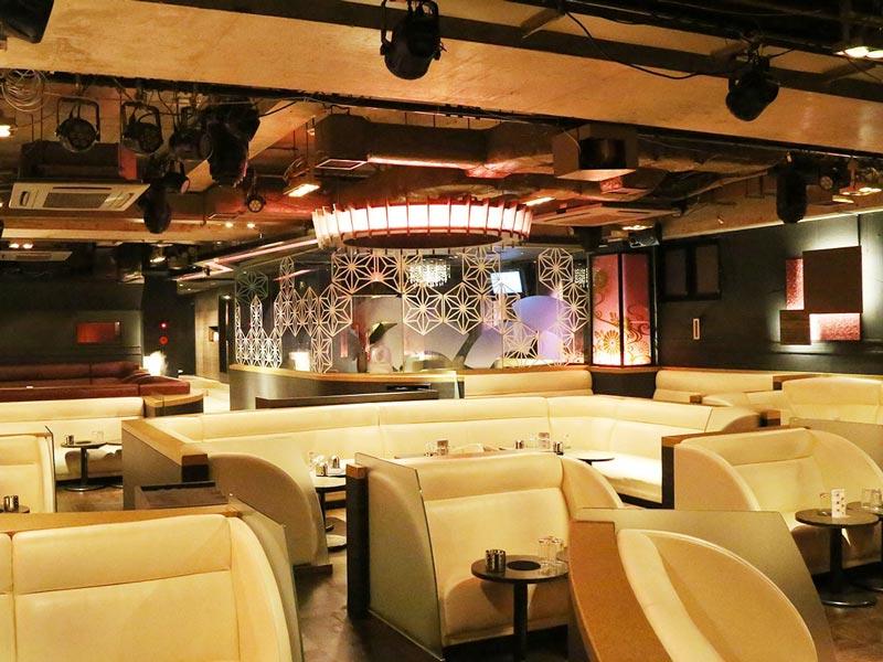 CLUB Royal【クラブ ロイヤル】(上野)