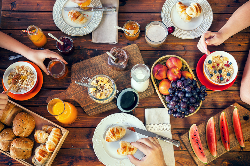 10 Perfect Pieces For A Weekend Brunch