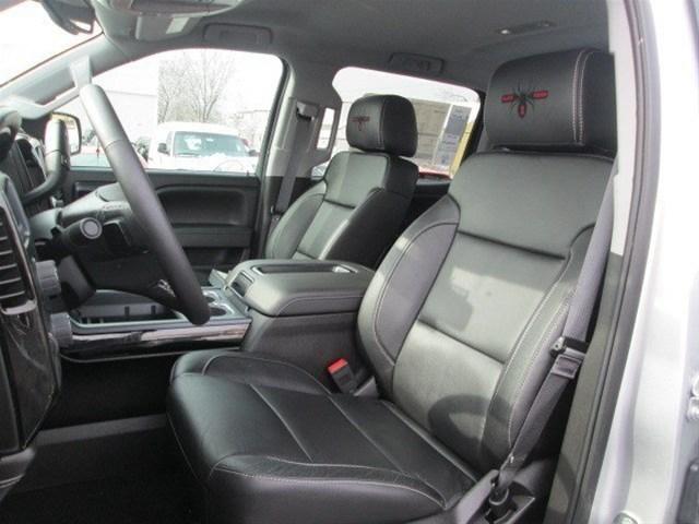 Chevy Of Kirkland Alfa img - Showing > Black Widow Silverado Interior