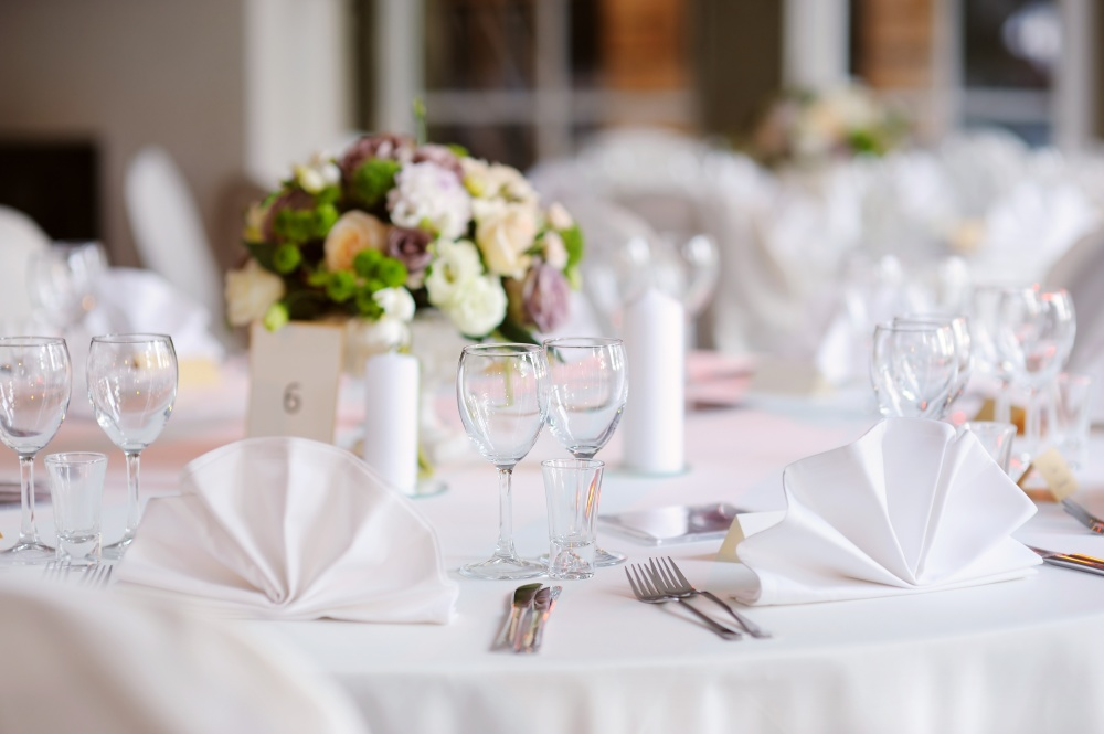 Questions to ask your reception venue before booking it