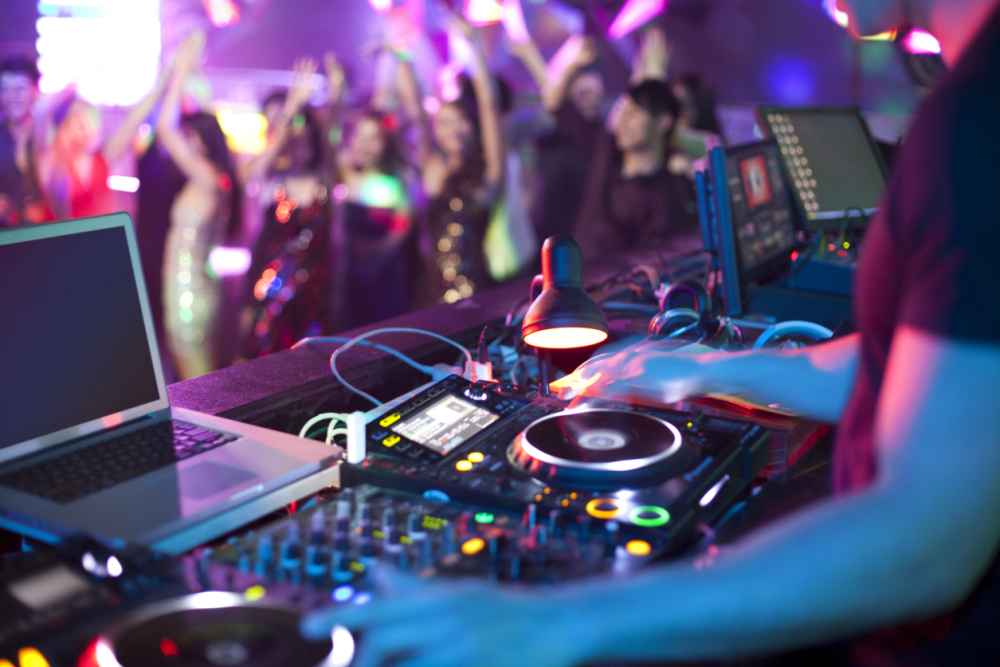 Professional Corporate DJ in Nova Scotia, Halifax - Package #2