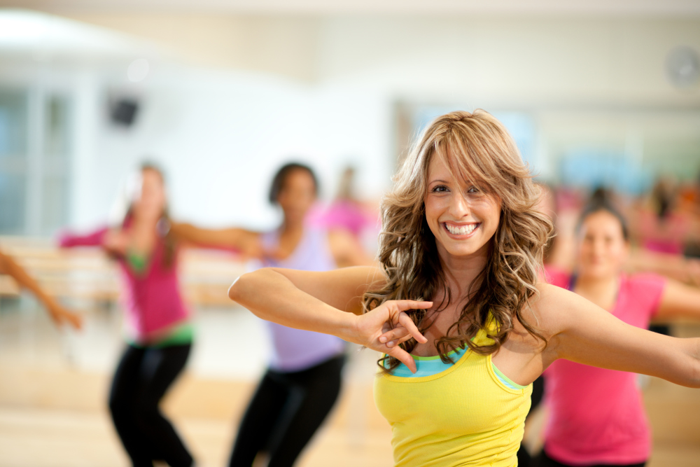 Asheville gyms woman in dance class