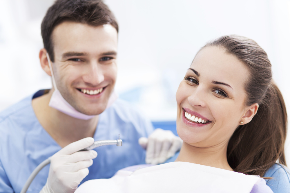 Looking After Your Dental Health To Improve Confidence