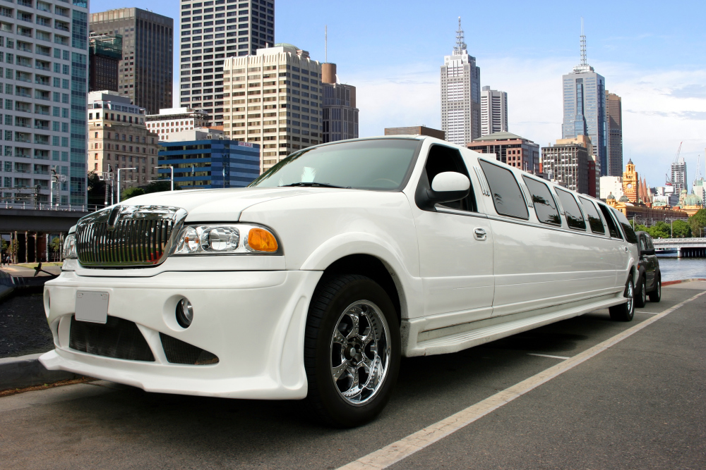 Party Buses, Limos, Town Car, Charter Bus