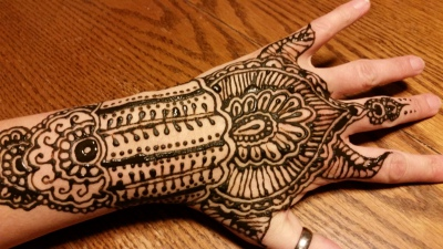 Let's do a Henna Party!