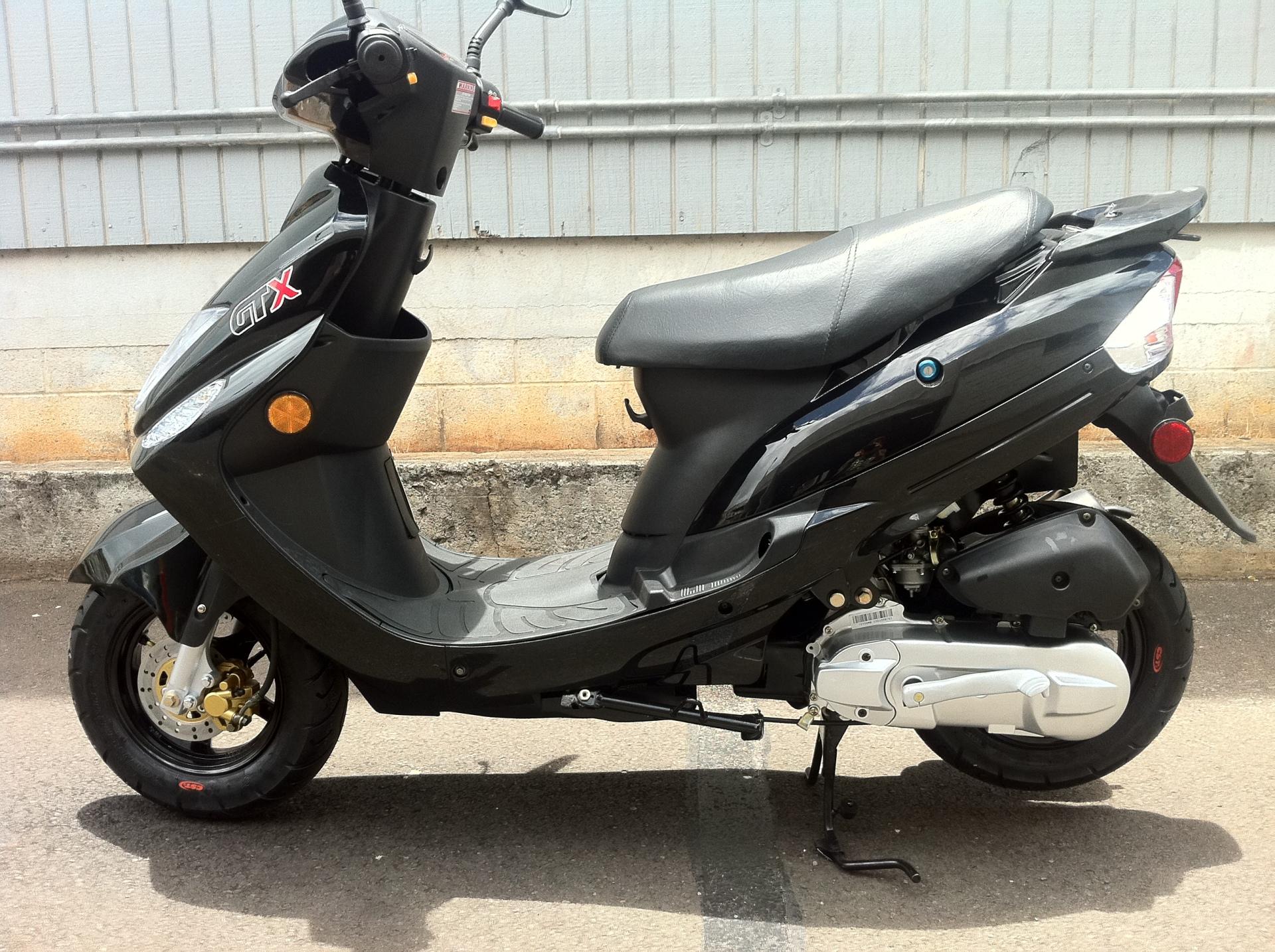 GTX Moped