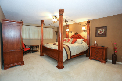 King Bed with Private  Bath