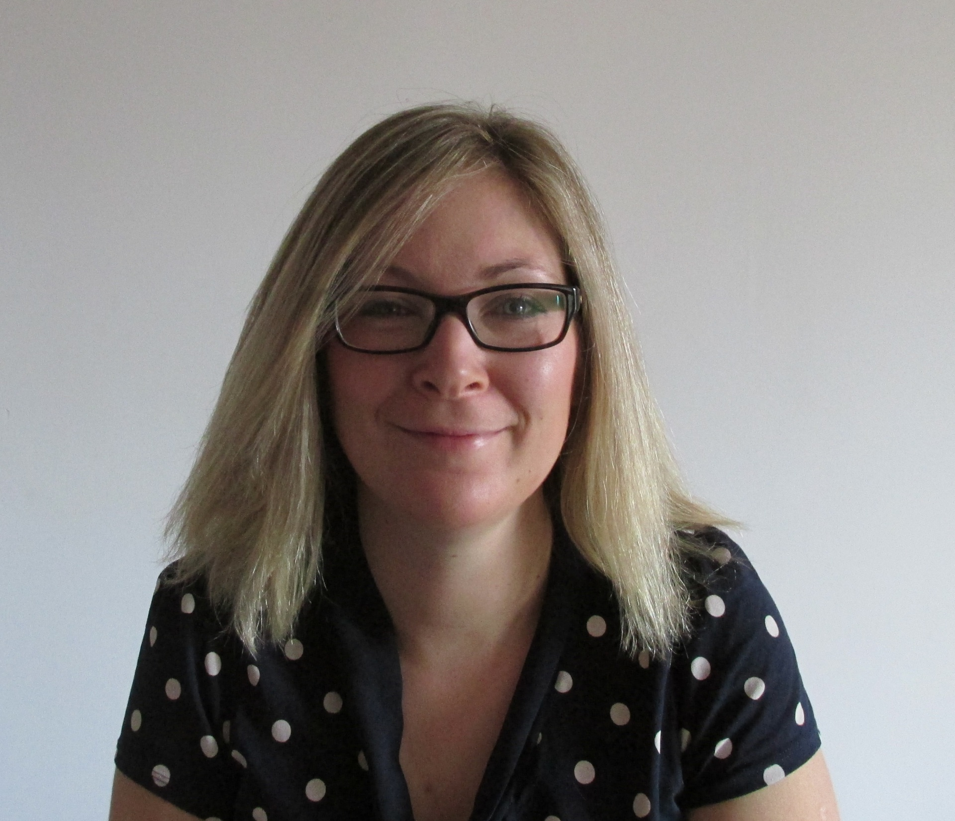 Dr Sarah Sharp