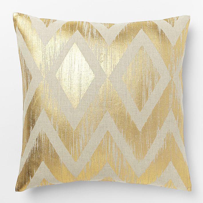 Gold geometric cushion