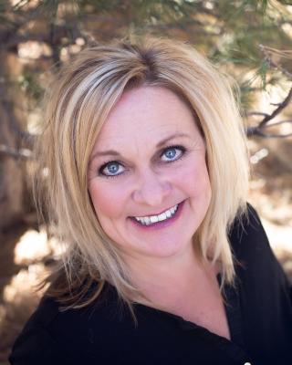 Kelley Wick Studio Owner