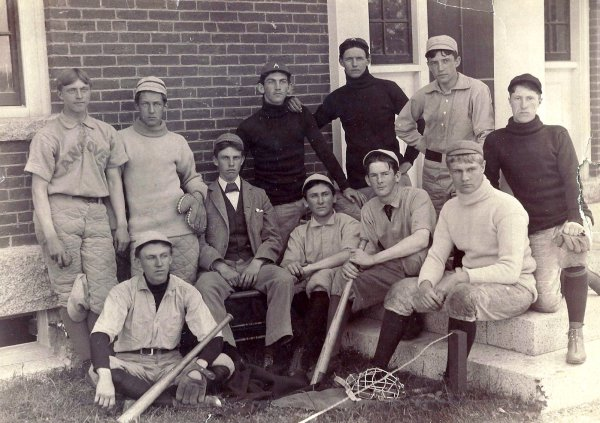 Andover baseball team, c.1900, AHS #1979.3082