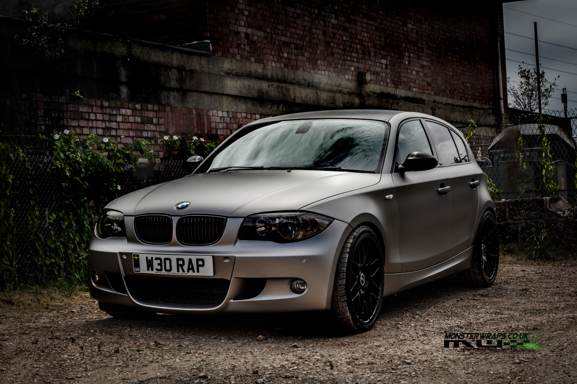 bmw e87 1 series car wrap 3m 1080 matte grey aluminium southampton hampshire. Black Bedroom Furniture Sets. Home Design Ideas