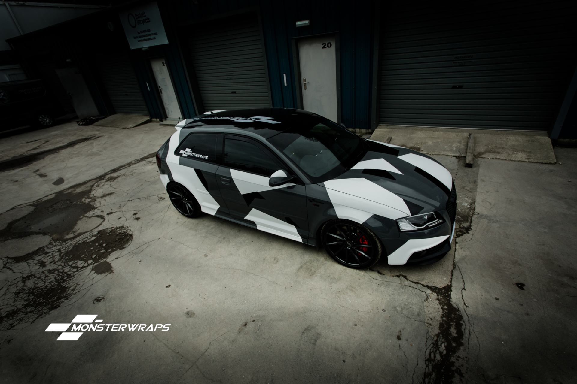Camo Vinyl Wrap For Car Interiors Car Wrapping In London