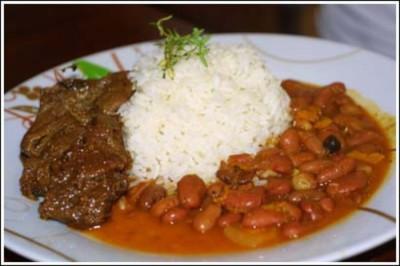"""""""La bandera"""", plato icónico de la gastronomía dominicana, concluyen expertos"""