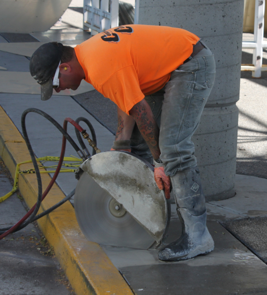 spokane concrete cutting hand sawing
