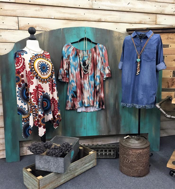 Downtown Waco Shopping, women's dress