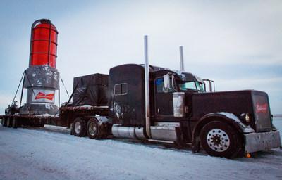 Northbound. Budweiser Lighting up the World 4 Canada-CNW Group/BUDWEISER)