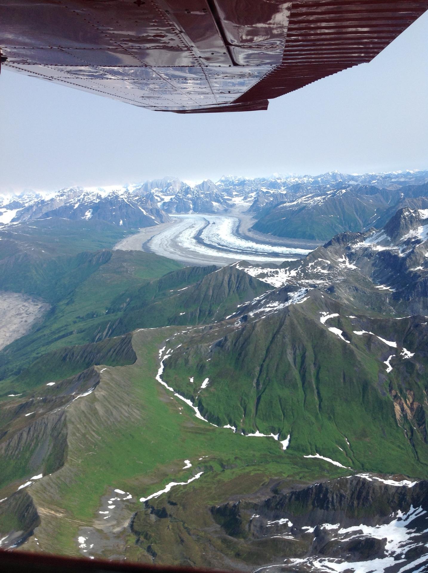 the alaska range from a flight tour