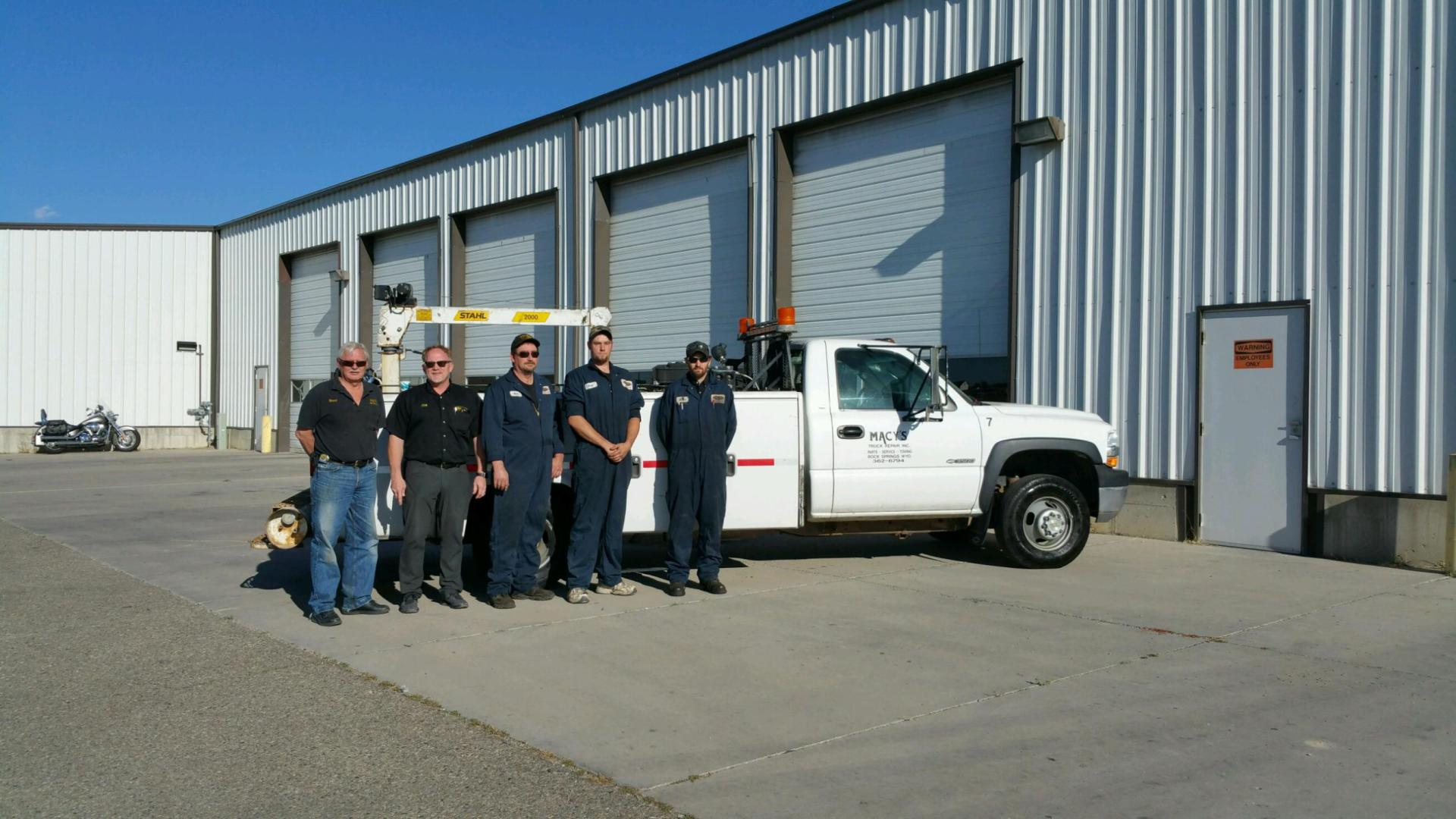 Workers who provide diesel truck towing and repair in Green River, WY