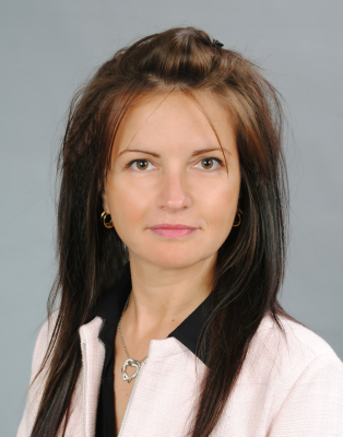 Milena Krumova       Founder and Manager