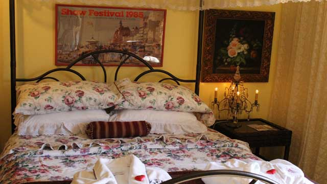 Clover Field House Bed and Breakfast DeLuxe Suite