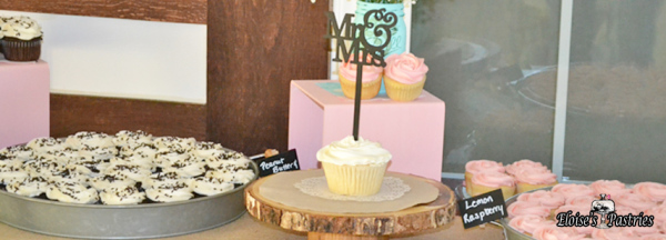 cupcakes, wedding cupcakes, mr and mrs cupcake, pink and white cupcakes, award winning cupcakes