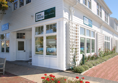 Southampton - Town & Country Real Estate