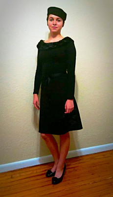 Retro fur collar sweater and a-line skirt