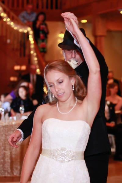 father/daughter wedding dance