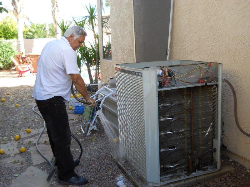 Servicing Air Conditioner