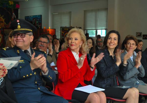 Gral. Sirahuen, Subdirector Administrativo General de Sanidad; Mtra. Sylvia Escamilla, Presidenta FJLDown; Dra. Irma Gómez, Oficial Mayor SEP y Concha Aspe