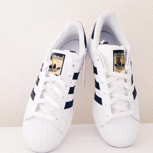 Gotta Get Sneakers
