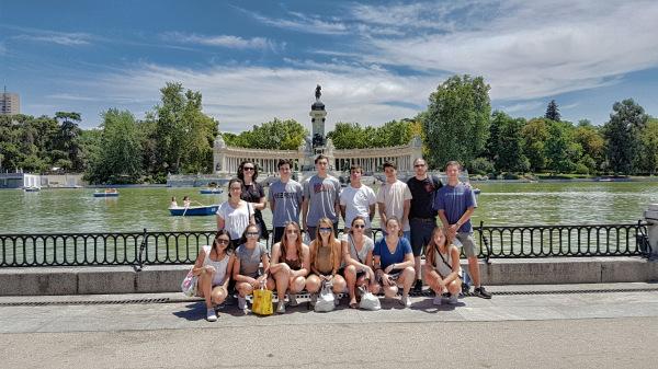 Spain Group 2016 at Parque del Retiro (Madrid)
