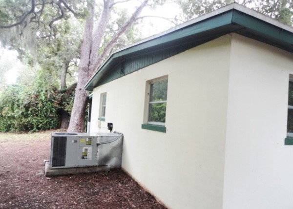Pressure Wash Home Exterior