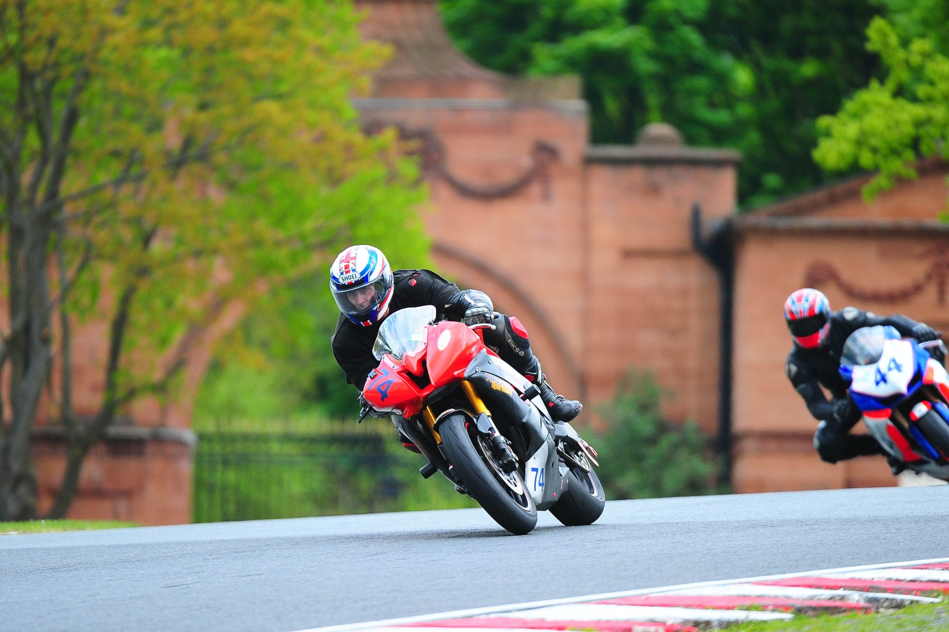 SPACES OPENED UP AT OULTON PARK ROUND 1