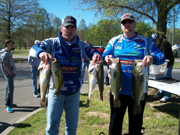 Tourney #3 PICKWICK LAKE 1St Place-27.30 lbs.: TERRY HARBIN-JAMES LEACH -Big Fish–5.93 lbs.