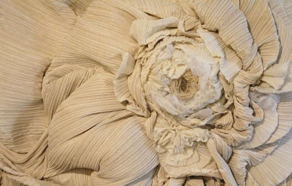 Luis Valenzuela sculpture