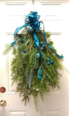 door, wreath, winter, christmas, festive, holiday