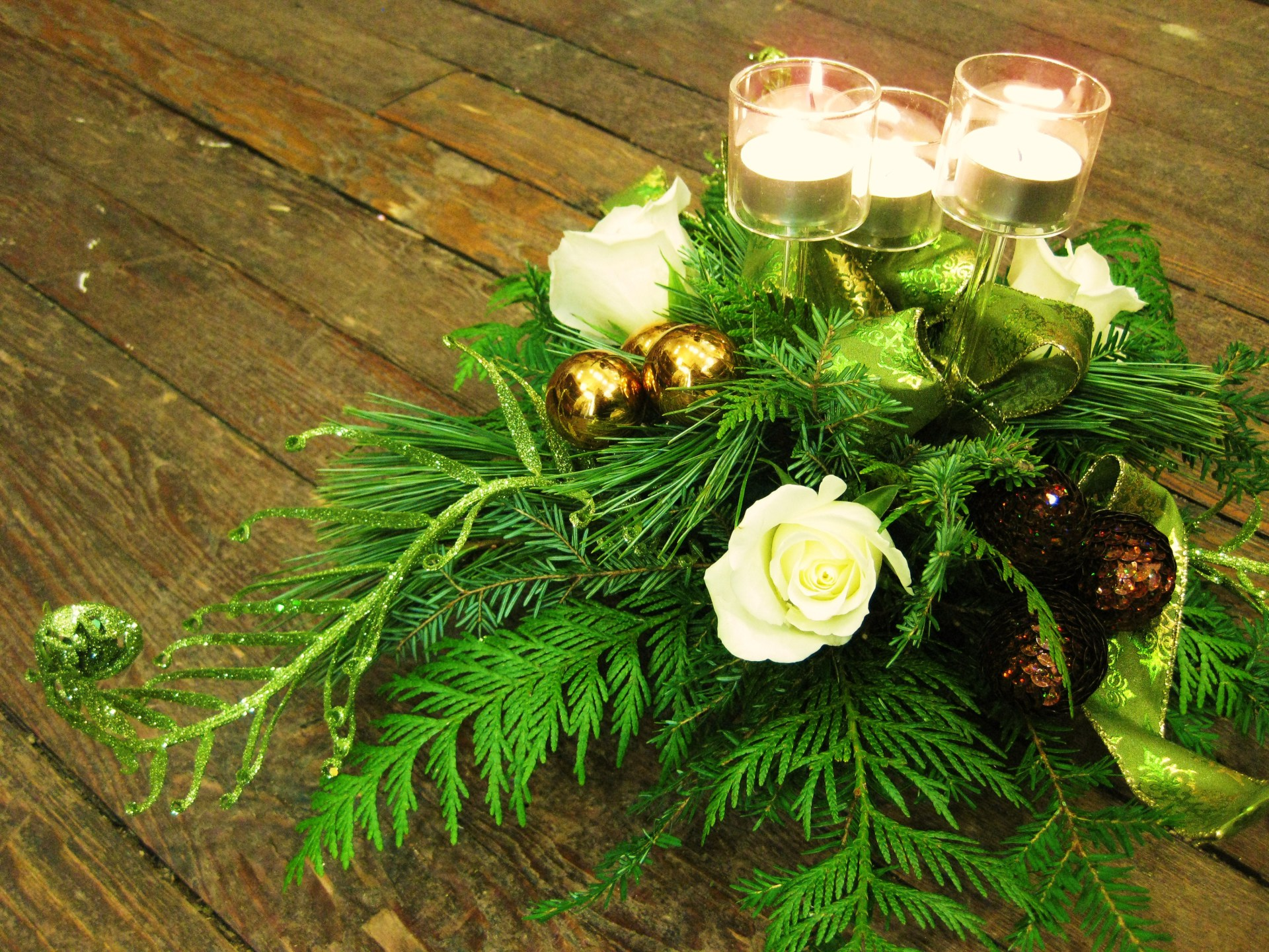 candle, centrepiece, centerpiece, table, christmas, holiday, winter