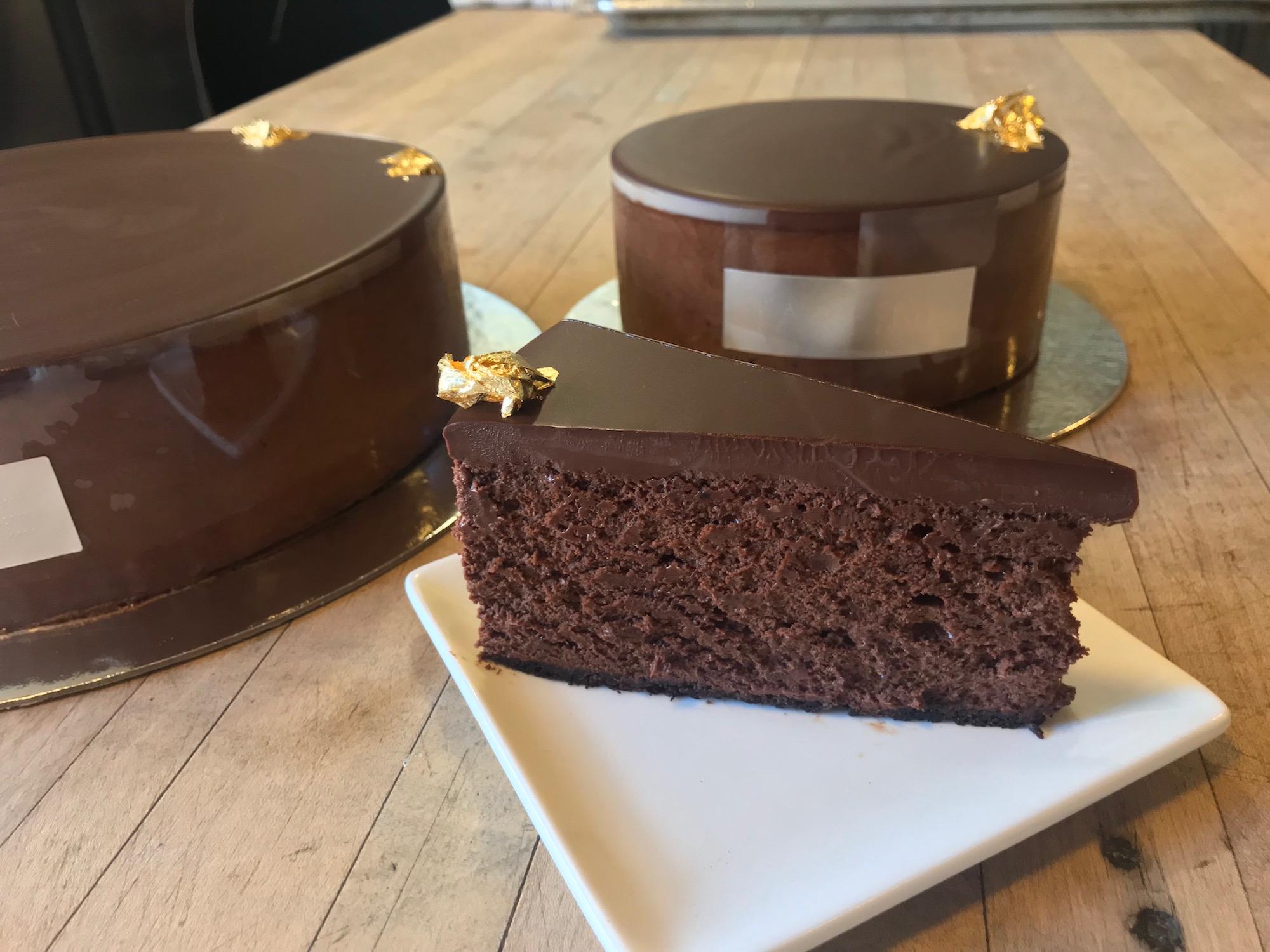 How to eat food in China - Tartine chocolate souffle cake