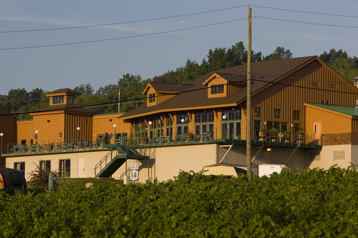 8 Must-Visit Wineries With Stellar Food - Zagat