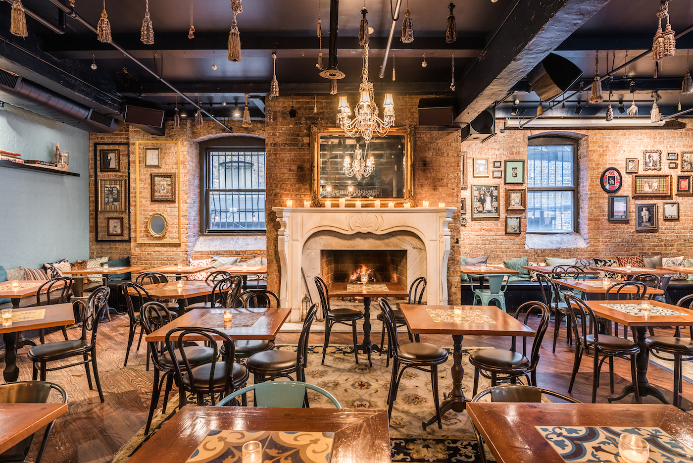 11 Cozy Chicago Bars And Restaurants For Fireplaces And Hot