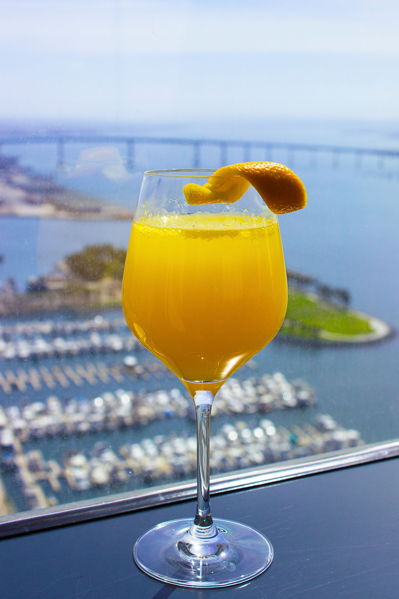 This Bar On The 40th Floor Of Hyatt Gets Props For Its Aerial Views Seaport Village And Surrounding Downtown Areas We Recommend Grabbing A