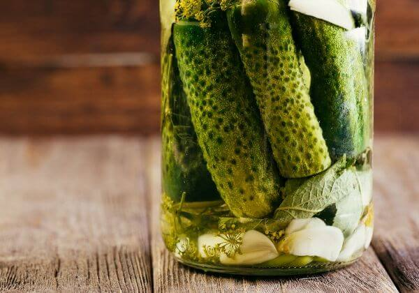 Spicy, Quick Pickled Vegetables