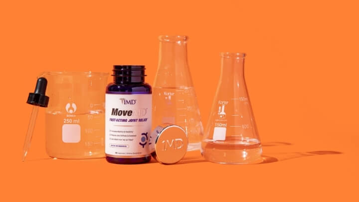 1MD Nutrition's MoveMD bottle in a lab setting