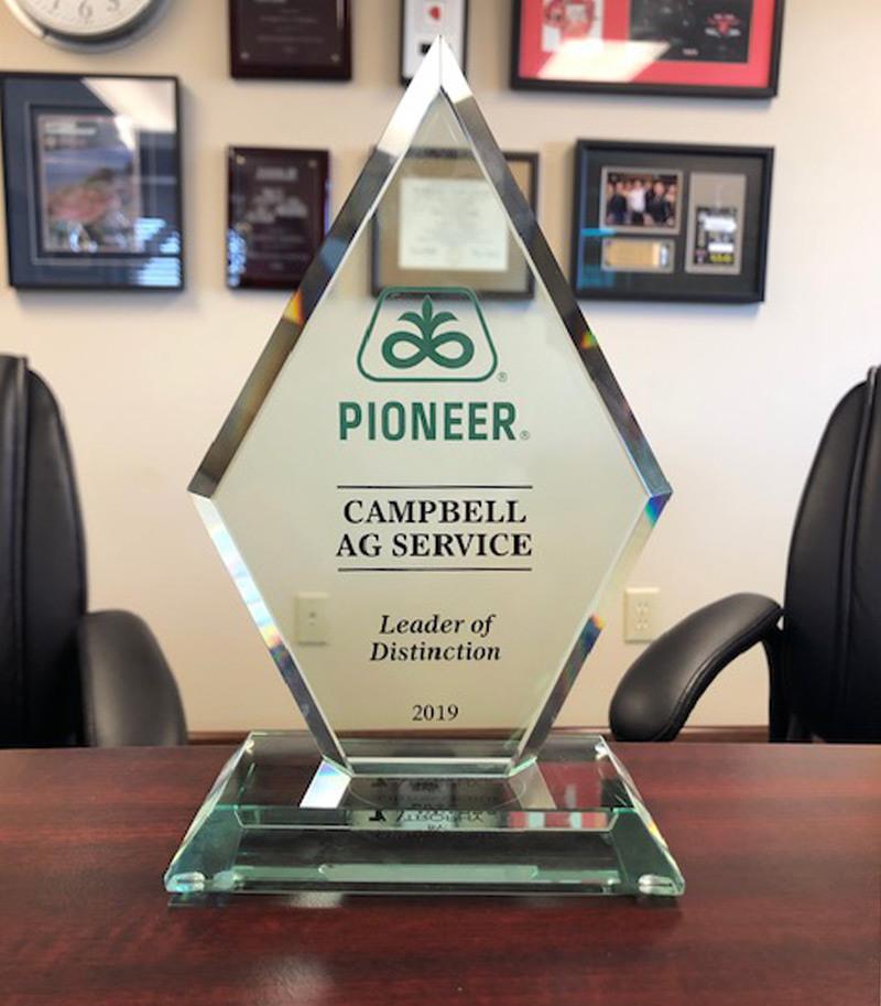 Campbell Ag Award IMG 8243