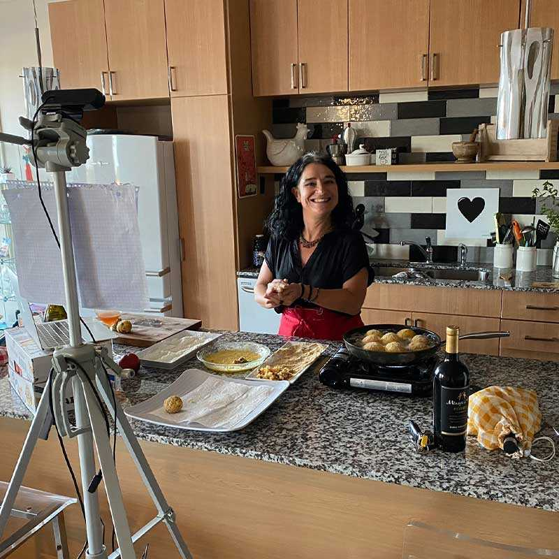 Virtual Cooking with Allessandra